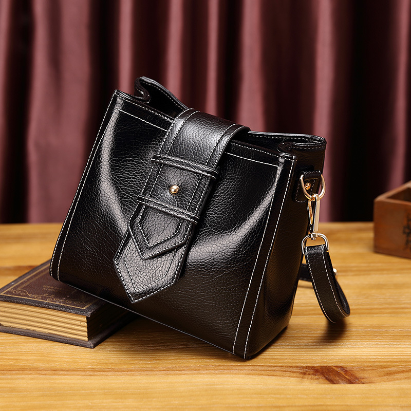 Famous Brands Designer Handbags High Quality Genuine Leather Handbags Ladies CrossBody Bags For Women Bags Bolsa Feminina T18 2018 new designer retro genuine leather bags handbags women famous brands ladies office work bag messenger clutch bolsa feminina