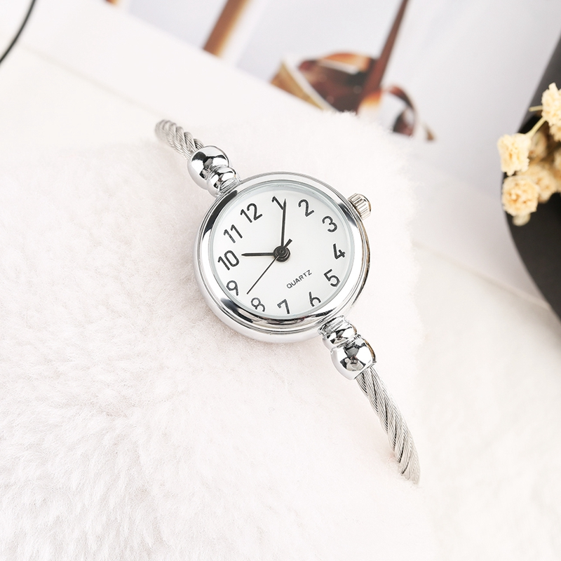 Unique Women Bracelet Watch Little Smooth Dial Top Luxury Silver Slim Strap Korean Retro Art Female Clock Quartz Watch Gift Hour 2018 2019 (50)