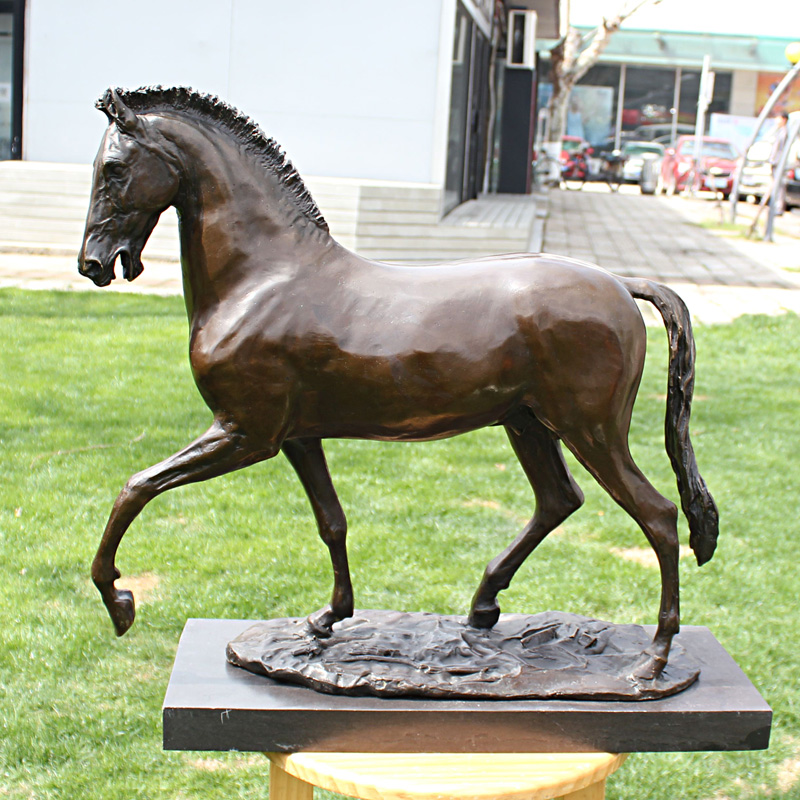 The horse Home Furnishing ornaments business gifts decoration bronze sculpture crafts like in Statues Sculptures from Home Garden