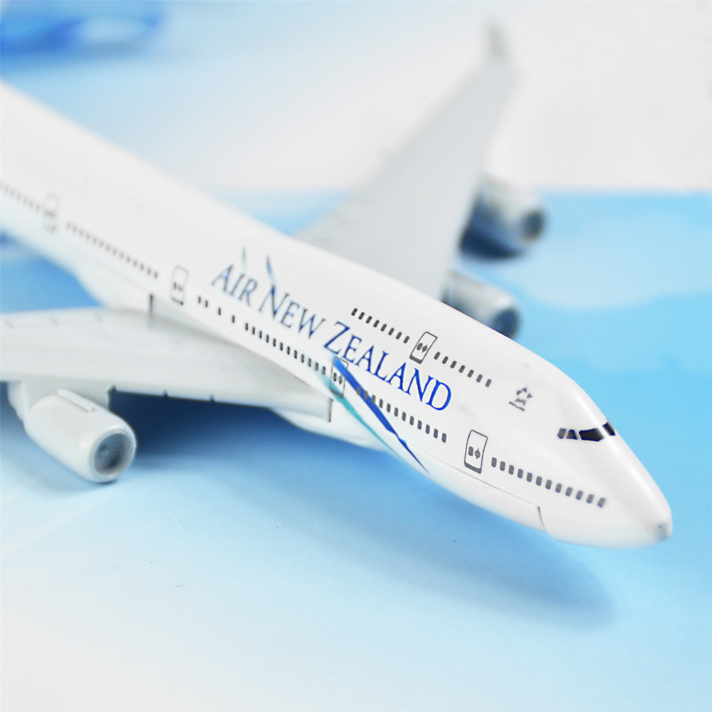 Air New Zealand Boeing 747 16cm Airplane Models Child Birthday Gift Plane Toys Free Shipping In Diecasts Toy Vehicles From Hobbies On