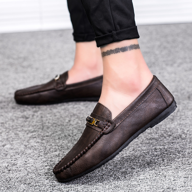 8a908951b4b Men Black Loafer Shoes Trendy Leather Slip-on Loafers Vintage Style Men  Driving Casual Black brown Flat Shoes 2018 New 5
