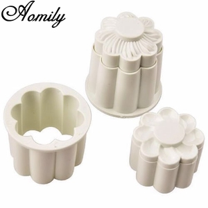 Aomily 2Pcs/Set Flowers 3D Cookies Fondant Cutter Homemade Cake Pastry DIY Baking Embossed Chocolate Biscuit Mold Decorating
