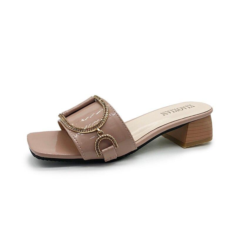 Металл Diamond тапочки Для женщин сандалии на платформе 2018 Пляжная Летняя обувь без застежки круглый носок замшевые шлепанцы вьетнамки