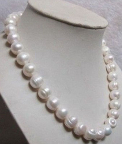 Beautiful 10-11MM white akoya Pearl necklace 18 >>>girls for women jewerly Free shipping