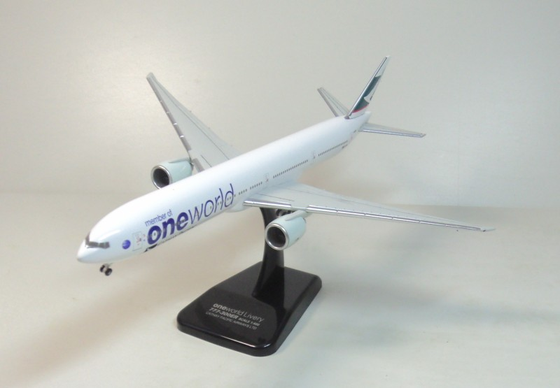 Cathay Pacific 777-300ER Hogan 1:400 Cathay Pacific Aircraft state painting machine B-KPL
