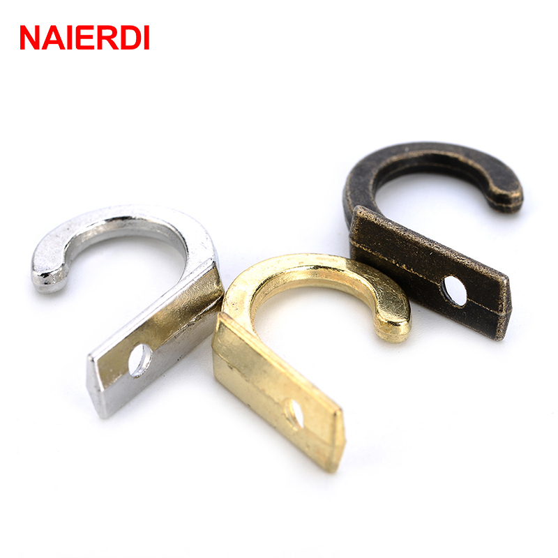 цена NAIERDI 10PCS Antique Hooks Small Wall Hanger Buckle Horn Lock Clasp Hook Hasp Latch For Wooden Jewelry Box Furniture Hardware