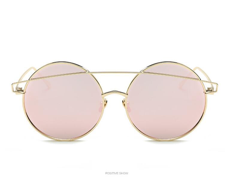 c0da45b490865 Ronde Femme lunettes de soleil femmes 2017 or Rose conduite Cateye lunettes  rétro Sexy Occhiali da semelle lunettes de soleil Lunette Femme