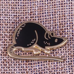 Image 1 - Pin esmaltado con forma de ratón negro para niños, broche con capucha para rata, insignia para mascota, joyería divertida de animal, regalo para niños, camisa unisex, accesorio para chaqueta
