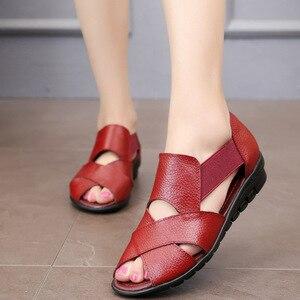 Image 3 - Сандалии GKTINOO женские в римском стиле, повседневные босоножки из натуральной кожи, удобная обувь на танкетке, лето 2020