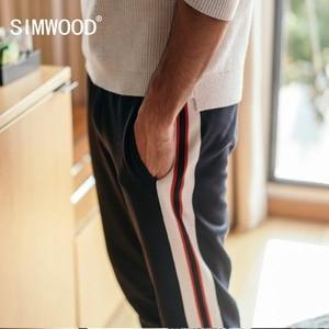 Image 2 - Мужские шаровары SIMWOOD, повседневные спортивные штаны, спортивные брюки, уличные брюки для бега, весенняя одежда, 180450, 2020