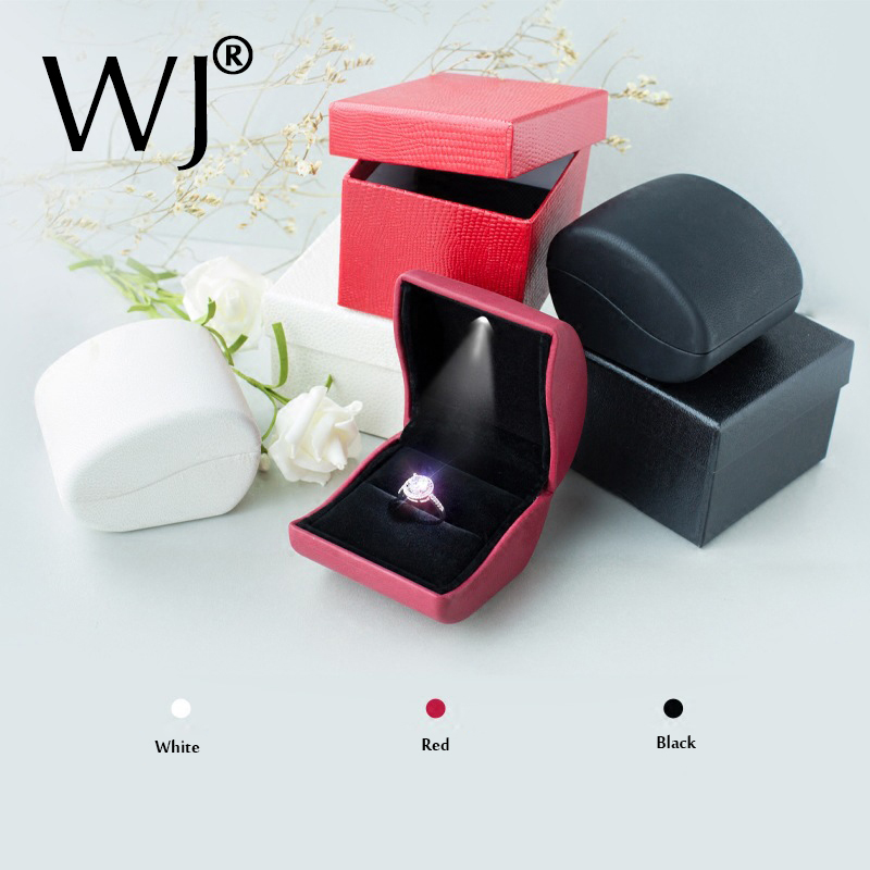 Lujo PU cuero LED iluminado compromiso boda diamante anillo joyería Dsiplay soporte almacenamiento caja de regalo Porta Cajas