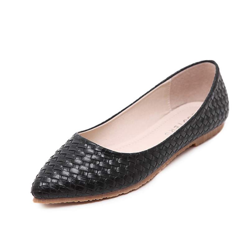Black White Pointed Flat Shoes