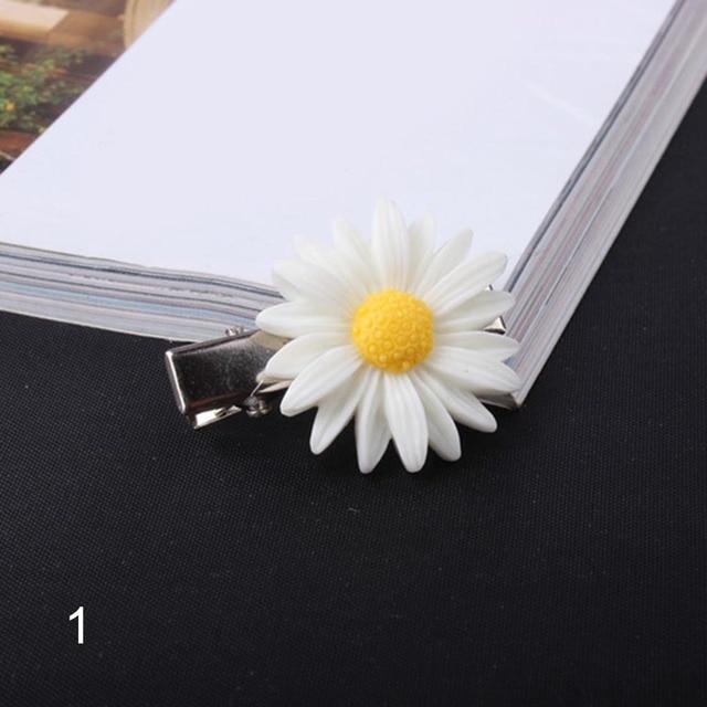 Women Daisy Flower Hairpin...