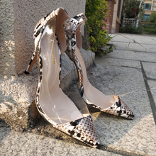 Free shipping fashion Casual women Pumps nude snake clear Transparent point toe high heels shoes party shoes 10cm wedding bride elegant women s shoes and bag set free shipping fashion wedding pumps shoes italian shoes with matching bags for party gf27
