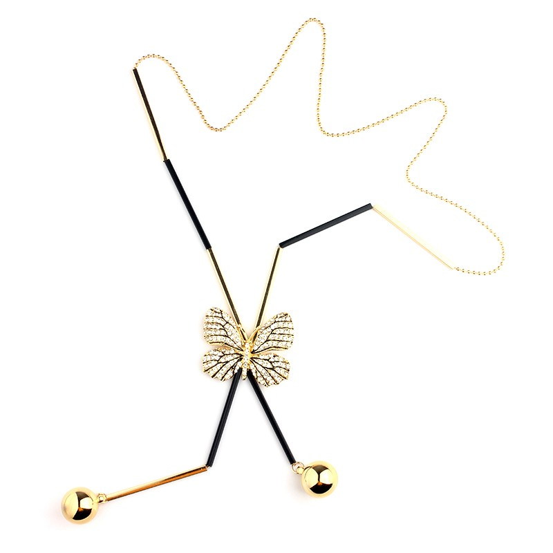 long-gold-necklace-with-butterfly-pendant-3