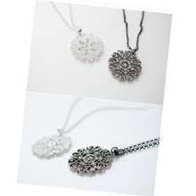 Fashion Women Crystal Hollow Flower Necklace Long Chain Pendant Necklaces Jewelry Gift C938
