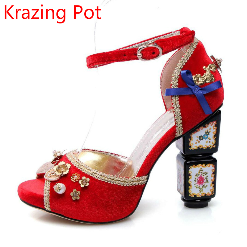 ФОТО Superstar Hot Sale Luxury Bowtie Flowers Matal Fasteners Pearl Ankle Straps Peep Toe Women Sandals Pattern High Heels Shoes 27