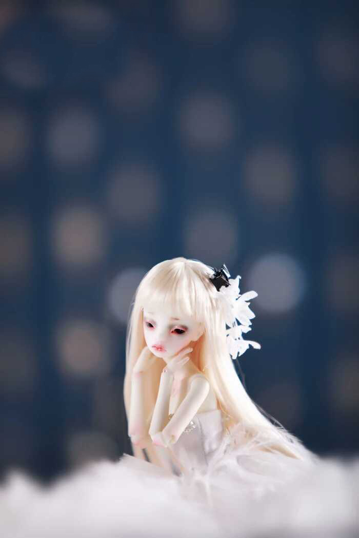 BJD Doll 1/8doll Eugenia Joint Doll Free Eyes-in Dolls from Toys & Hobbies    3