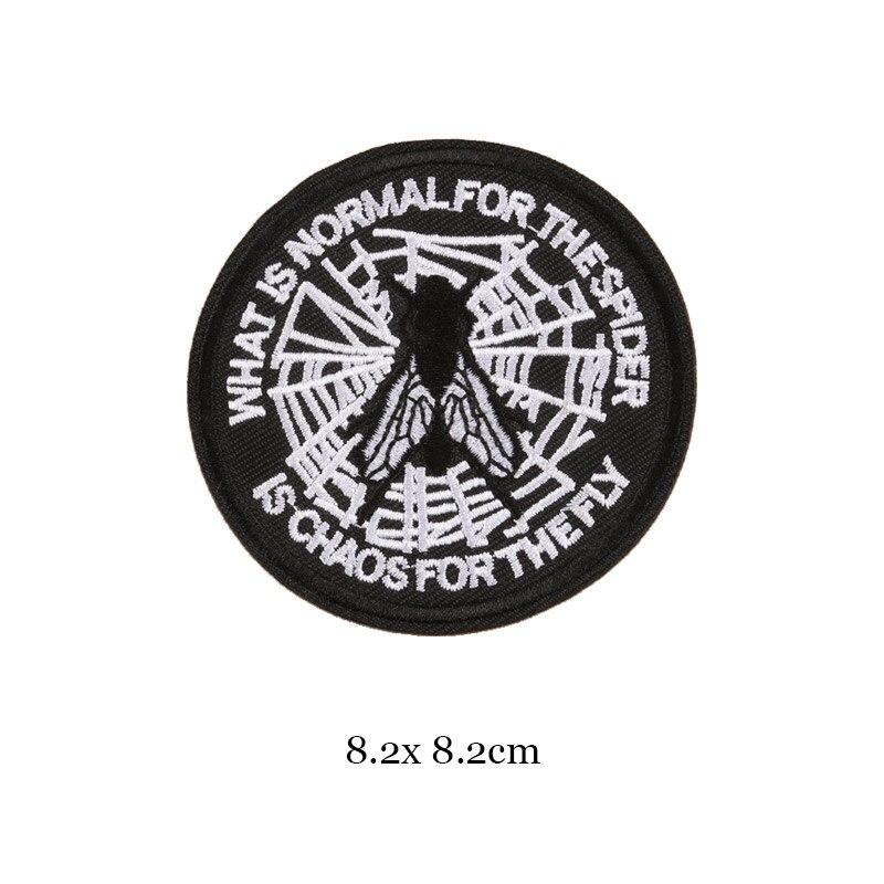 1 шт., черные, белые байкерские нашивки для одежды, железная одежда, аппликация с буквами, Череп, звезда, полосы, вышитая наклейка, круглый значок - Цвет: 34