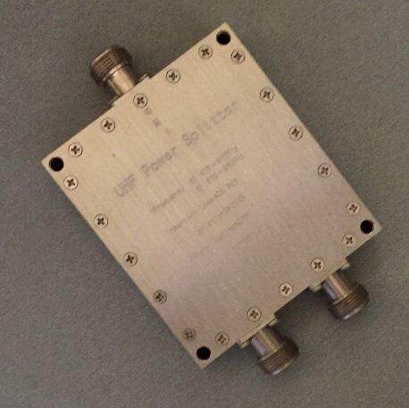 Uso speciale per il 470 ~ 810 MHz TV Digitale Compensatore di Tipo Ad Alta Potenza UHF Esterna 2 Divisore di PotenzaUso speciale per il 470 ~ 810 MHz TV Digitale Compensatore di Tipo Ad Alta Potenza UHF Esterna 2 Divisore di Potenza