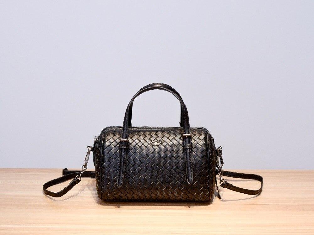 Sheepskin High quality 2019 Handbag The single shoulder bag  Woman Sheepskin Internal and external dermis  zipper Bucket bag-in Shoulder Bags from Luggage & Bags    1