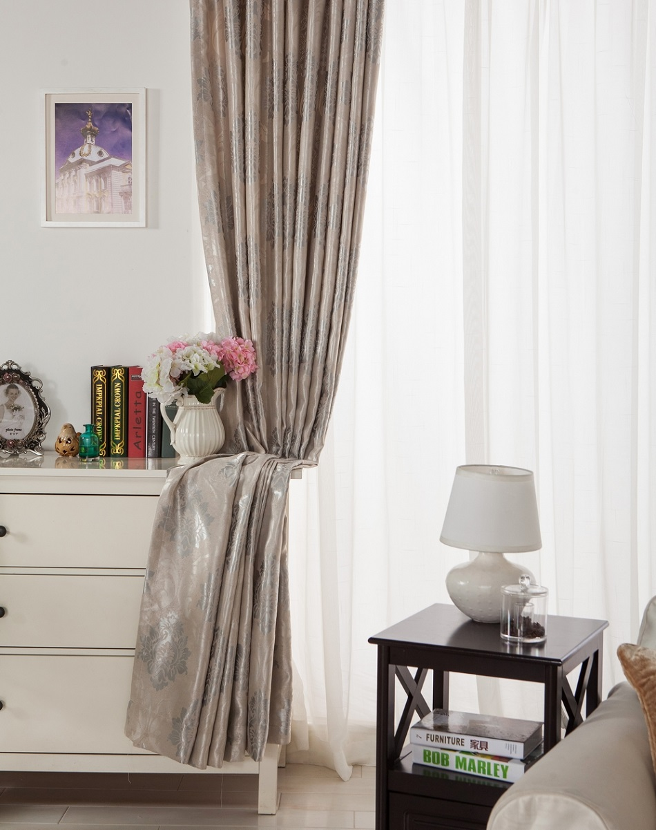 Damask curtains living room - Aliexpress Com Buy Fabric Elegant Luxury Blackout Curtains For Living Room Pink Blinds Jacquard Drapes Damask European Window Treatments Panels From