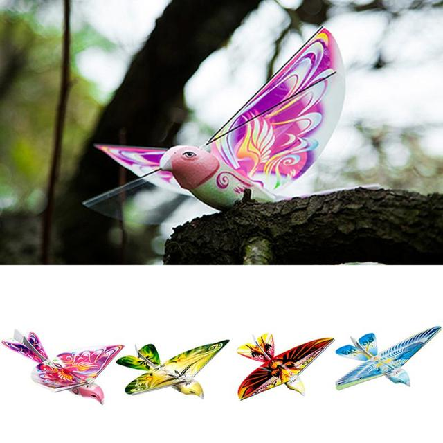 235 * 275 * 70mm Flying RC Bird 2.4 GHz Remote Control E-Bird Flying Birds Electronic Mini RC Drone Toys Helicopter