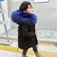 Детские зимние пальто для мальчиков и девочек утепленное пальто с капюшоном и подкладкой из кроличьего меха куртки с большим меховым ворот