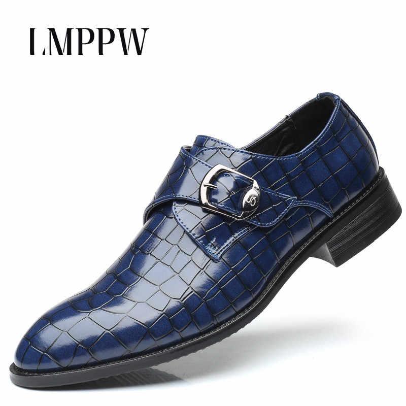 イタリアスタイルの男性の革カジュアルシューズビッグサイズのメンズフラットシューズ結婚式パーティーブローグダービー靴男性靴 Zapatos Hombre 2A