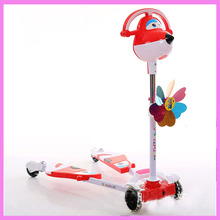 New The European CE Standards Pp Plastic Baby Walkers Scooters Musical Scooter for Children 2 Years of Age or Older