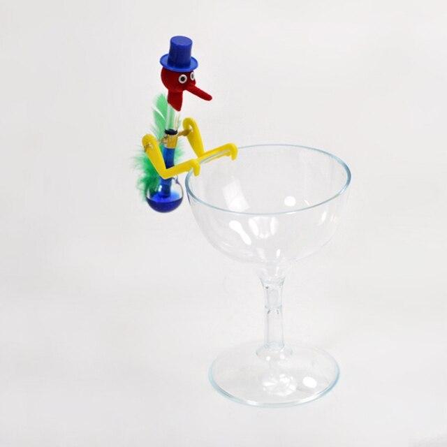 83c72751f99 Tamanho pequeno copo de Vidro Copo Bebendo Pássaro Brinquedos Filhos  Adultos Antistress Fidget Gadget Toy Sorte