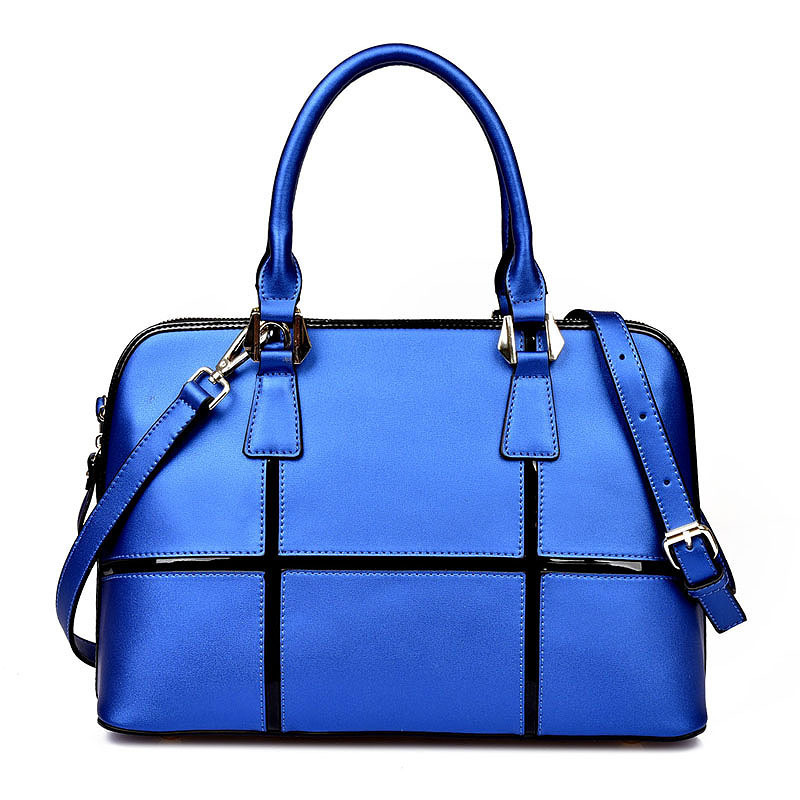 2018 new fashion pearl cowhide stitching large shell shoulder diagonal portable leather handbags female environmentally friendly pvc inflatable shell water floating row of a variety of swimming pearl shell swimming ring