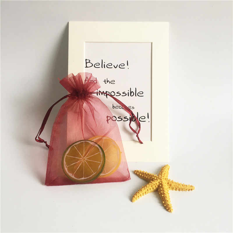 50 ชิ้น/เซ็ต 9x7 ซม.กระเป๋าของขวัญ Tulle เครื่องประดับคริสต์มาสงานแต่งงานวันเกิด Favor Candy สีชมพูของขวัญกระเป๋าสำหรับบรรจุภัณฑ์ 6Z