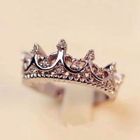 Korean Style Retro Crystal Drill Hollow Crown Shaped Queen Temperament Rings For Women Party Wedding