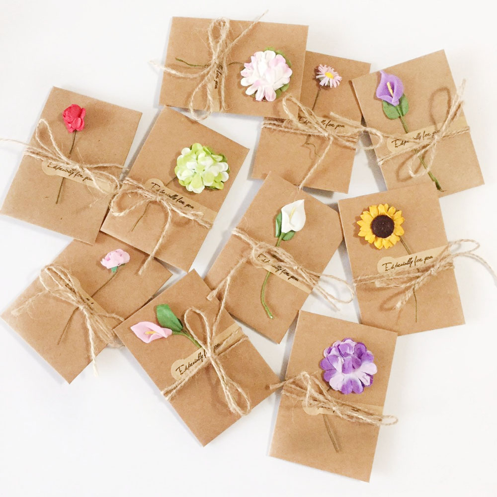 20pcs DIY Paper Handmade Dry Flower Invitation Greeting Card with Envelope Christmas Wedding favors (Random Pattern)