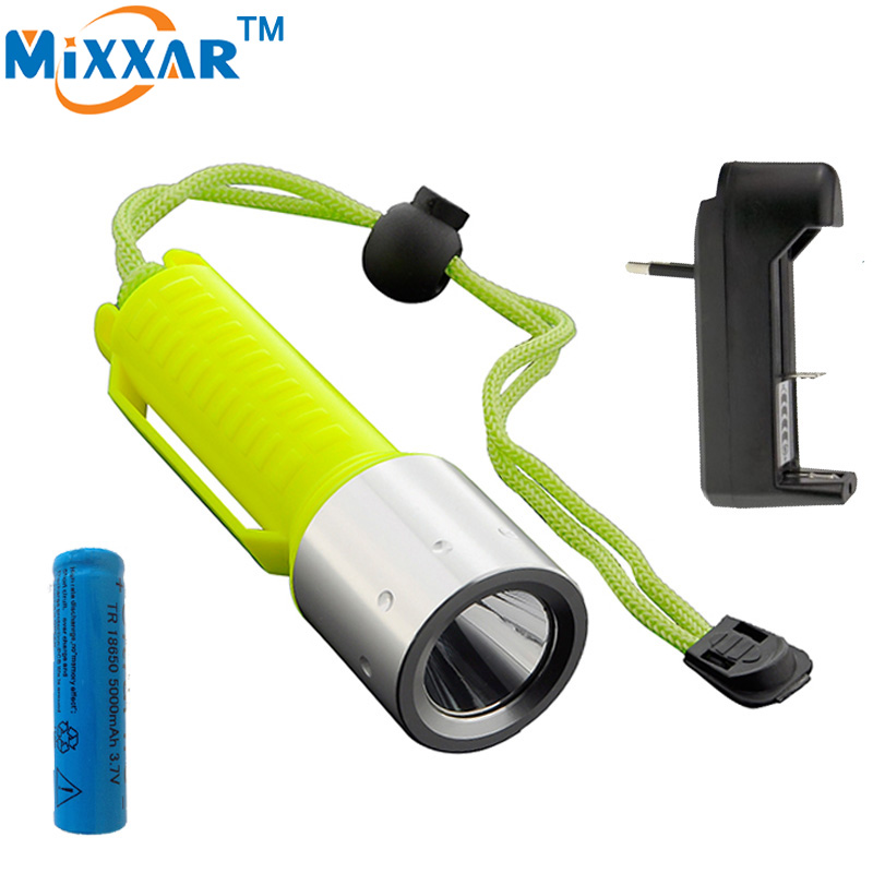 RUzk30 LED Diving flashlights Lamp Lanterna CREE Q5 Waterproof dive Torch Underwater 60m Lights with 18650 battery +charger lumiparty 4000lm headlight cree t6 led head lamp headlamp linterna torch led flashlights biking fishing torch for 18650 battery