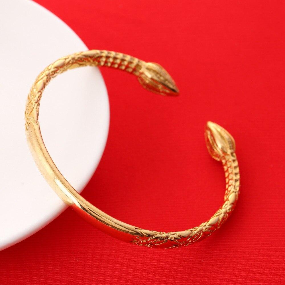 Новые прибытия золотые Цвет люкс латуни Медь металлический браслет Для женщин Модные украшения Браслеты с подвесками Браслеты