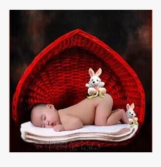 Rattan Children s studio props Photography Photograph Baby Baby basket Heart shaped woven basket