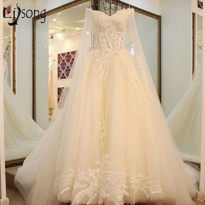 Gorgeous Lace Floral Wedding Dresses 2018 With Long Cloak Vintage Dubai Pearls Beaded Bridal Gowns Abiye Casamento Wedding Dress