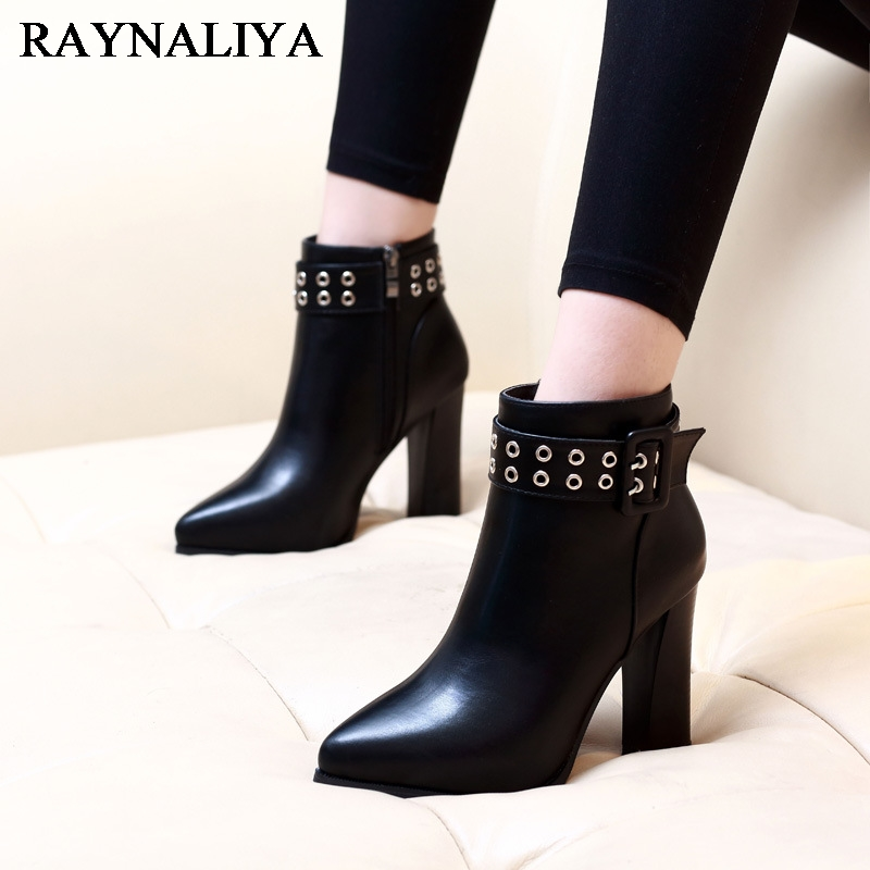 New Fashion Korean Women Black Genuine Leather Ankle Boots Shoes Square High Heel Pointed Toe Short Rivet Boot Female CH-A0006 women ankle boots 2016 round toe autumn shoes booties lace up black and white ladies short 2017 flat fashion female new chinese
