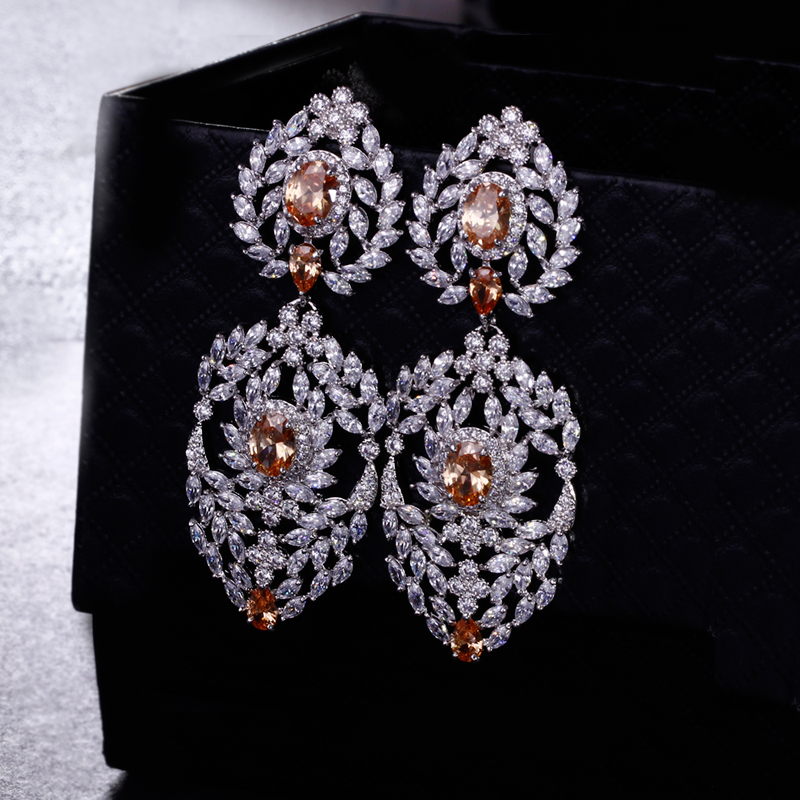 2017 new looking Ethnic Luxury Jewelry earrings for party with High quality Rhinestone CZ stones White color Long earrings