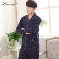 2017-The new men 's pajamas long - sleeved lapel cardigan smiling letter printed cotton men' s home service suits R210