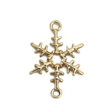 "Doreen Box Zinc Based Alloy Connectors Christmas Snowflake Light Golden DIY Fashion Jewelry Gifts 25mm(1"") x 17mm( 5/8""), 10 PCs(China)"