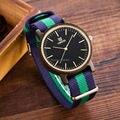 2016 caliente venta al por mayor Clásico De Madera Relojes de vogue hombres Relojes de Madera excelente mano de obra de moda de madera del reloj con la banda de nylon