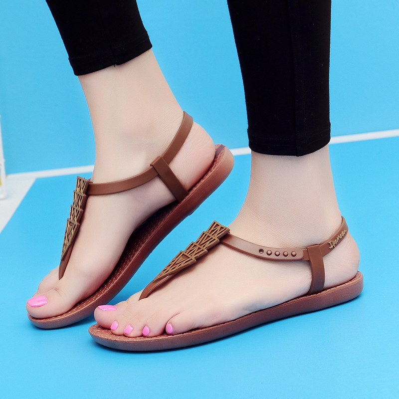 f27a5deea213 Women Sandals Comfortable Flat Sandals Summer Ladies Shoes Flats Black  Brown Sandals Women 2018-in Low Heels from Shoes on Aliexpress.com