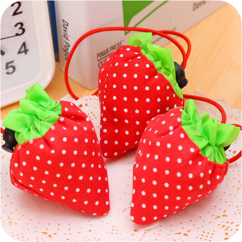 2 in 1 Portable Travel Supermarket Foldable Storage Bag Environment Protection Folding Shopping Bag Lovely Strawberry Hand Bag ...