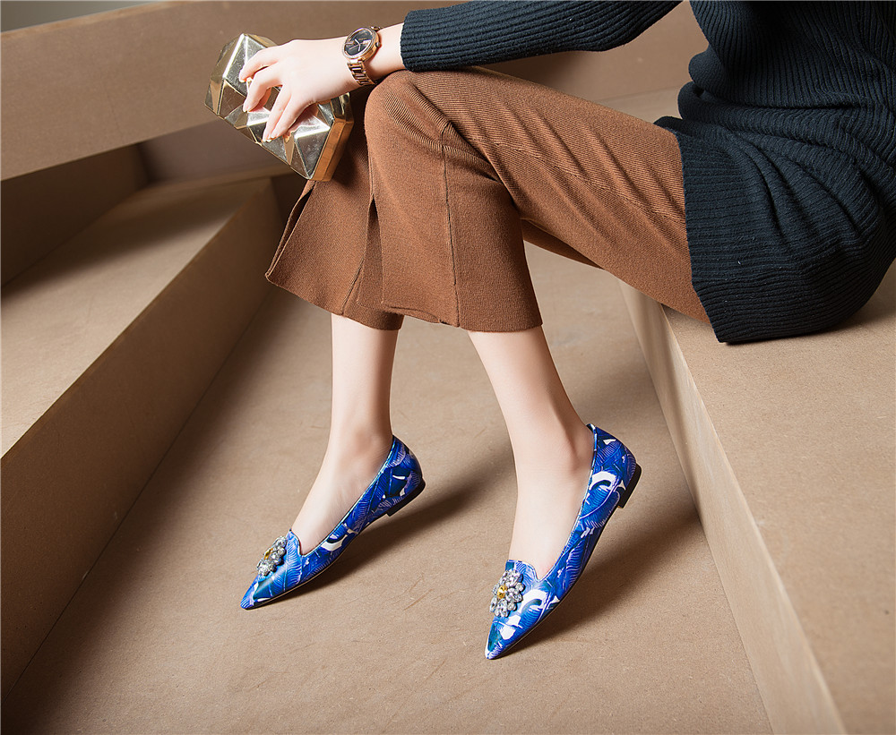 Green Women Flats Full Genuine Leather Colorful Color Pointed Toe with Crystal Flats Shoes plus size 34-43 QQL01 MUYISEXI