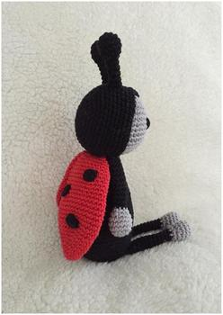 armigurumi doll rattle ladybug  model number  w134