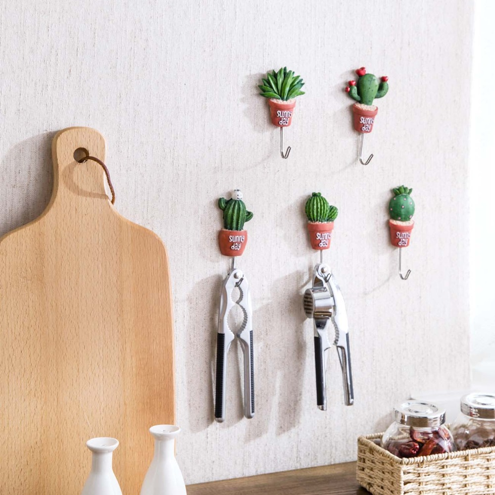 1Pc Cactus Shape Hangers Key Holder Wall Hanger Coat Clothes Hanger Towel Holder Wall Hook House Organizer Home Decoration