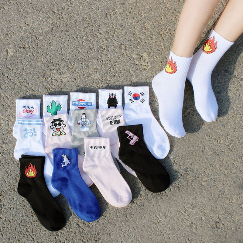 Fashion Women Daily Socks Harajuku Cotton Kitten Flame Socks Men Cactus Shark Alien Students Socks ...